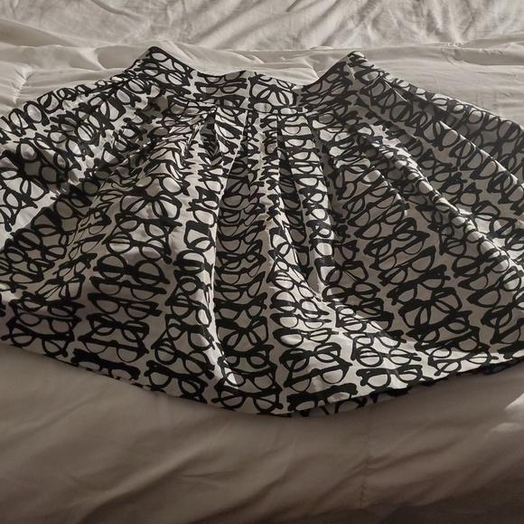 Alice + Olivia Dresses & Skirts - Alice & Olivia Print Skirt